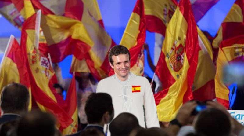 Pablo Casado envía a 12 discípulos a españolizar el mundo