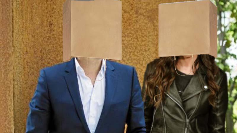Rivera y Malú ya salen juntos ocultándose con bolsas en la cabeza