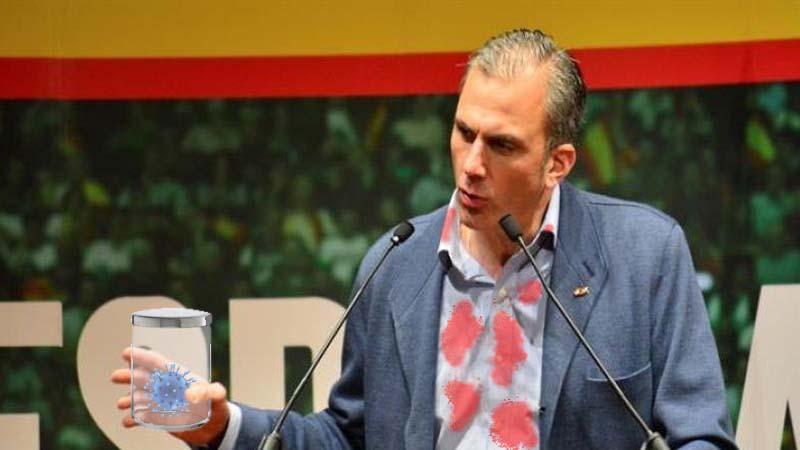Ortega Smith extrae el coronavirus de su cuerpo con un cuchillo y lo entrega al gobierno