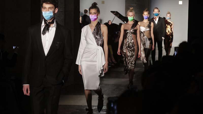 Las mascarillas, tendencia de moda para la temporada 2020-2021