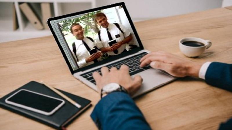 Testigos de Jehova aprovechan un fallo en Zoom para videollamar uno a uno a todos los usuarios de la aplicación