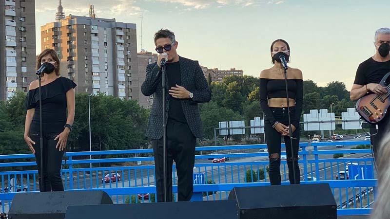 Varios artistas darán un concierto benéfico en el puente del Corazón Partío, para poder pagar los 48.000 del concierto de Alejandro Sanz